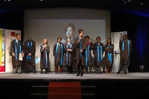 Retrouvez les photos de la cérémonie de remise des diplômes de l'ESGRH