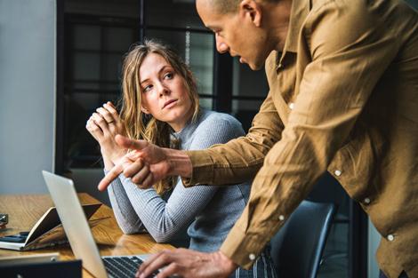 Quelles doubles compétences développer grâce à l'alternance en ressources humaines ?